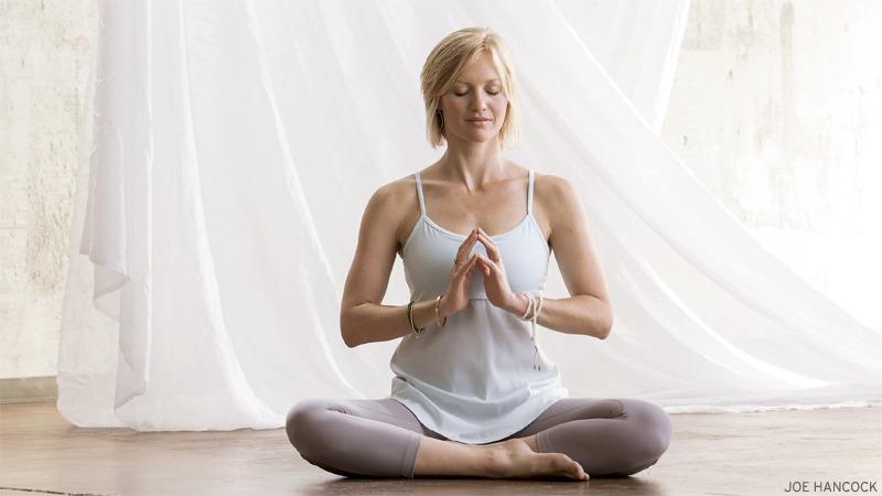 7 increíbles beneficios holísticos del cerebro de la meditación