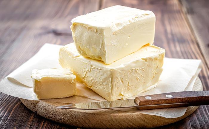 La mantequilla de leche de vaca