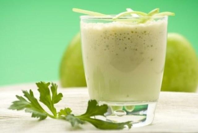 Apio y manzana Shake