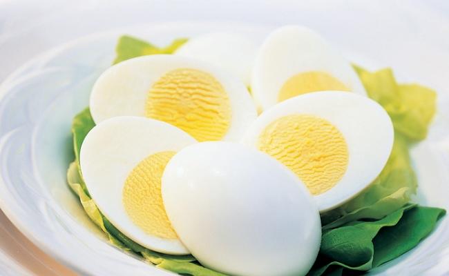 Los huevos hervidos