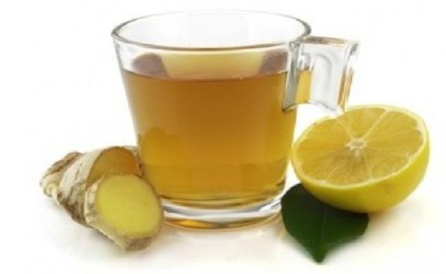 Bebida de limón y jengibre