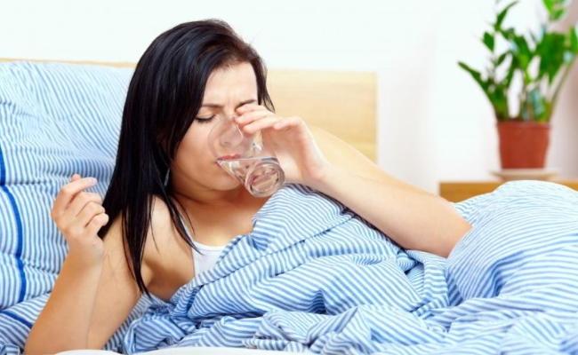 Toma de agua durante la enfermedad