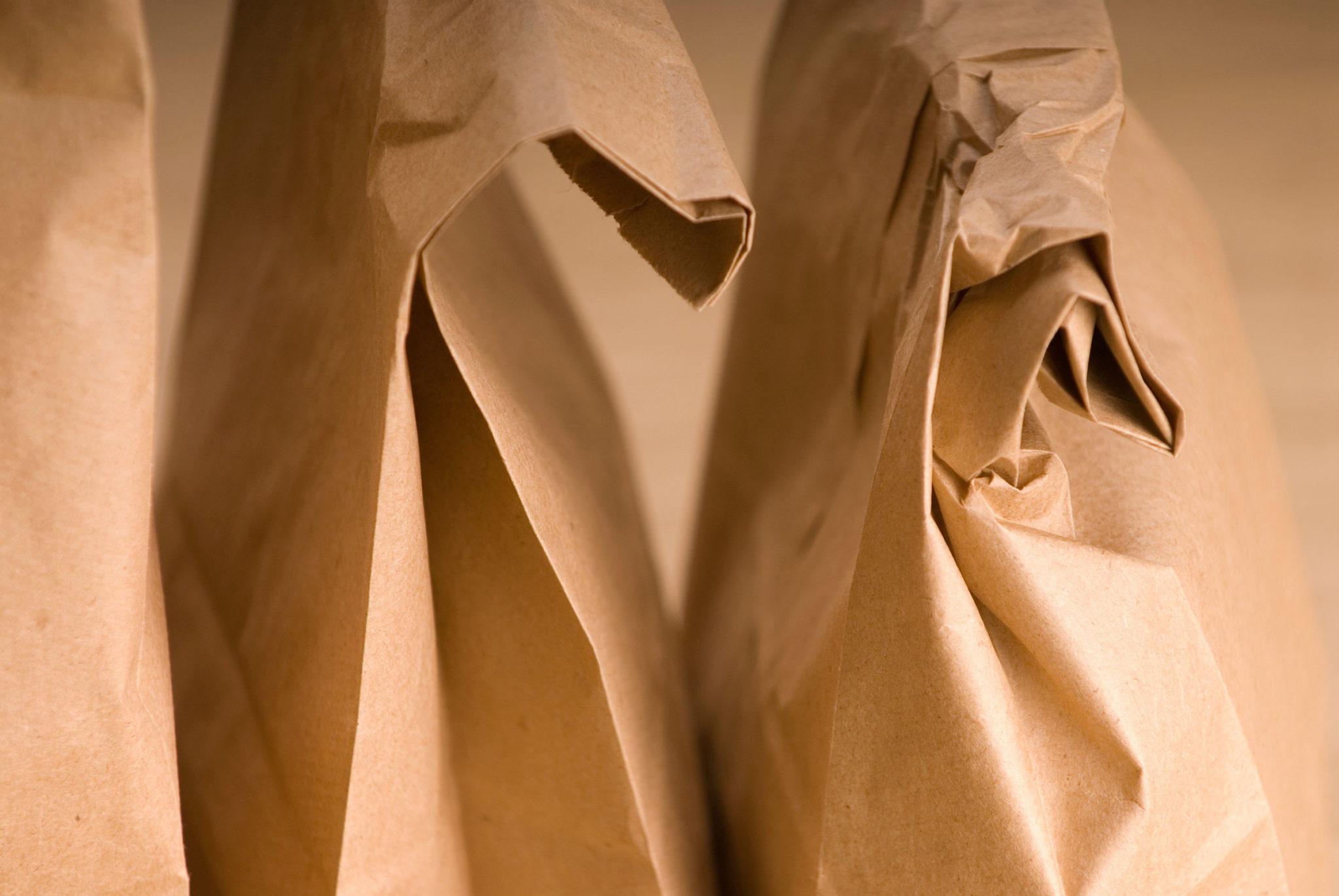 Distract con vinagre y papel marrón