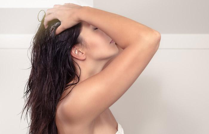Aceite de coco para el tratamiento de la pérdida del pelo
