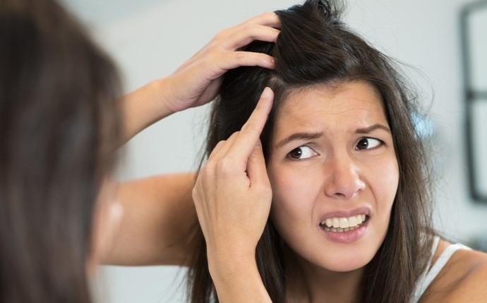 Vinagre de manzana para la consolidación del cuero cabelludo