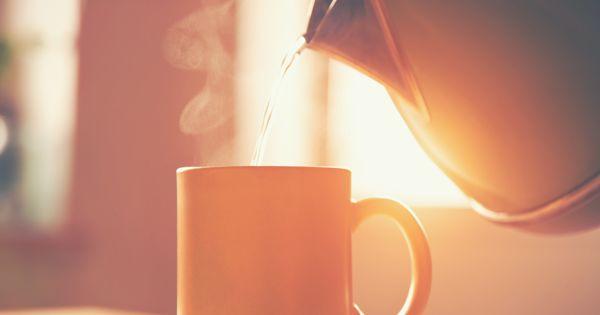 Beneficios de beber agua caliente