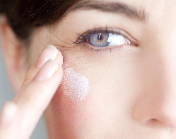 Para revertir las arrugas, use retinol