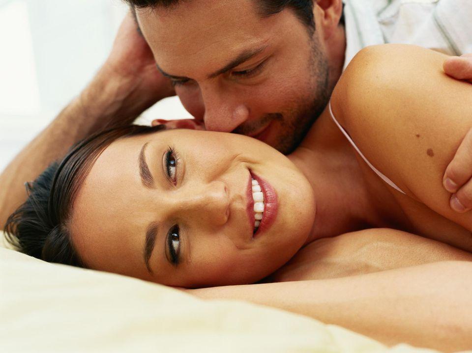 Consejos de sexo para las vírgenes en su noche de bodas