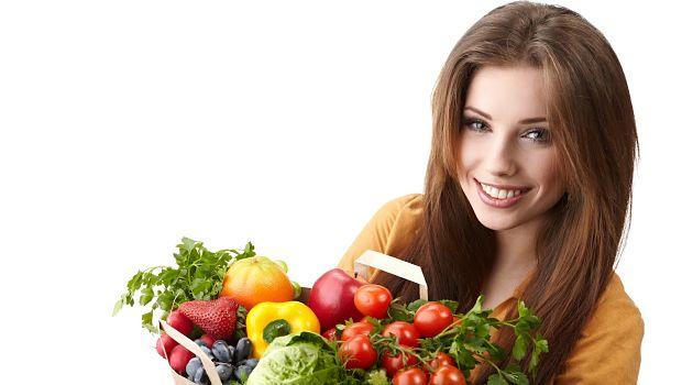 Comiendo frutas