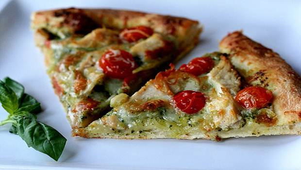 Pizza de Pesto de pollo