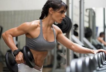 Entrenamientos de tríceps y bíceps